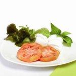 Caprese - Mozzarella di bufala campana, pomodori e basilico