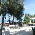 Foto de Flame Tree Cottages Restaurant