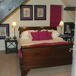 Double bedroom - The Manor Suite.