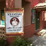 Anastasi pottery and cafe