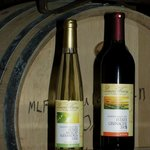 Lenora Winery's 2008 Estate Muscat Alexandria and 2008 Estate Grenache