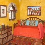 Frida Room (single)