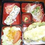 Lunch Box (刺身)の内容
