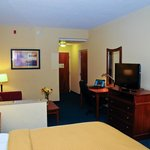 Comfort Suites Newport News Airport Photo