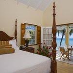 Villa Beach Cottages - Deluxe One Bedroom Villa Suite