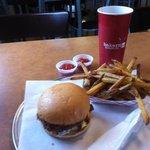 Foto de Baker's Burgers