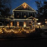 the front of the Inn all decorated for the holidays!