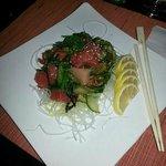 Sashimi (seaweed salad)