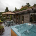 Hot tub on your own private deck
