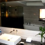 Executive Suite - Large Bathroom Area
