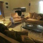 Victoria Suite Lounge