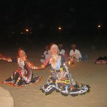 Rajasthani Folk Song and Dance .... LIVE!!!!