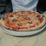 pizza barbaricina normale ENORME!!!!!