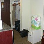 Open wardrobe area & room safe