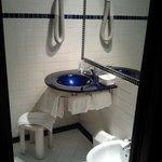 bagno ristrutturato di recente