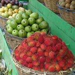 Aluthgama Monday market