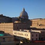 Kuppel Petersdom tagsüber