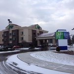 exterior of Holiday Inn Dec 2012