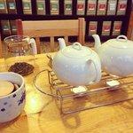 white & black tea