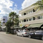 The Hotel of South Beach - News Cafe