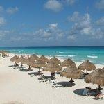 Paradisus Beach