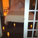 Sorpresa con candele romantiche