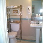 Small view of bathroom