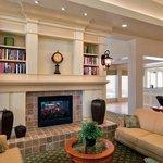 Hilton Garden Inn Lakewood Lobby