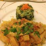 Parmentier pommes de terre épinards, quinoa et Tofu en sauce