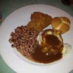 Black eyed peas, fried chicken, mashed potatoes