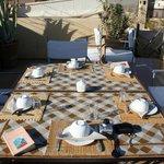 Tavolo della colazione in terrazza