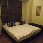 Room 350 deluxe double room.