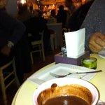 cioccolata calda e vista sul locale