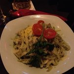 Tagliatelle with pesto and chicken