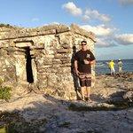 little mayan ruin