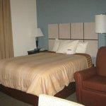 bed & recliner