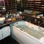 Balneo tub