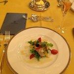 前菜の海鮮サラダ