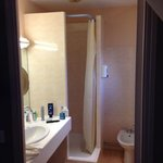 superior room - bathroom with shower
