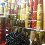 coloruful Marrakech spice market