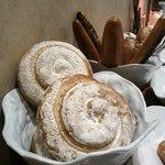 朝食のパンは種類も多くて美味しかったです