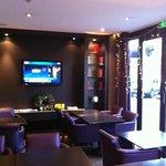 lounge (entrance)