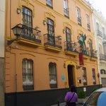 Ingresso hotel Abril