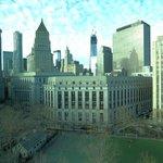 Blick auf das Oneworld Center und den Columbus Park