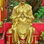Монастырь 10 000 Будд (7)