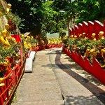 Монастырь 10 000 Будд (3)