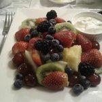 The delicious breakfast fruit platter