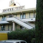 hotel premiere classe vista dal parcheggio auto