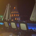 piscina di sera