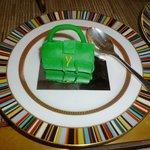 Prêt-à-Portea YSL inspired cake bag
